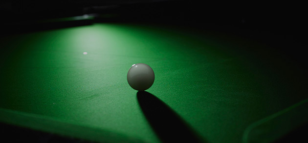 snooker table cloth and cue ball
